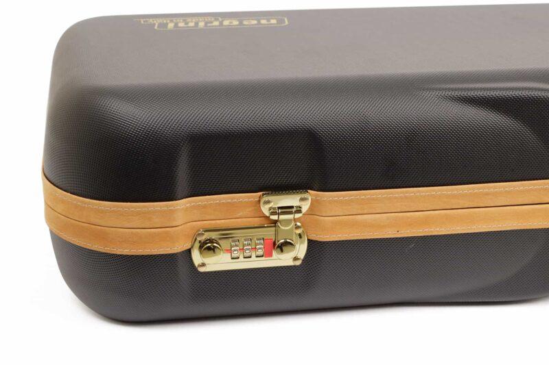 Negrini Shotgun Cases - 1646LX-3CC/4766 - Lock and leather closeup