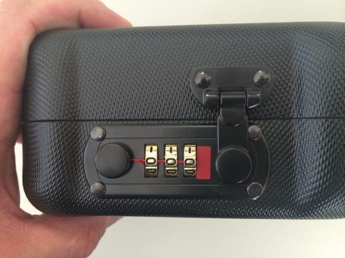 Negrini Gun Cases - How to set Combination Locks Step 1