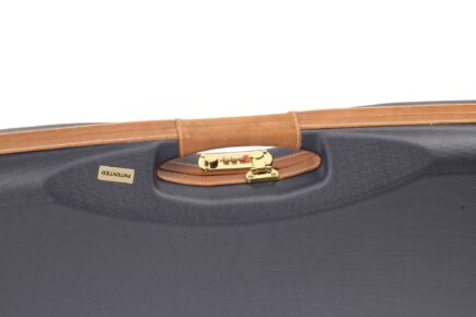 Negrini Gun Cases - 1654LX - High rib shotgun case LX handle close up
