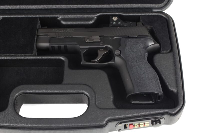 SIG SAUER® Luxury Handgun Cases - 2018SLXX/5996 - interior SIG P226