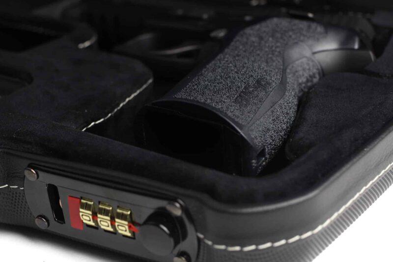 SIG SAUER® Luxury Handgun Cases - case lock