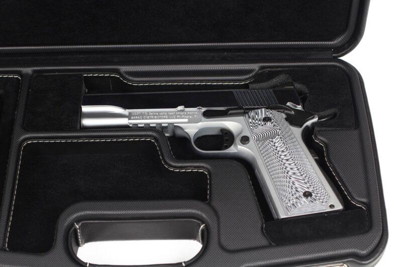 Negrini Model 1911 Luxury Leather Handgun Case - 2018SPLX/6034 - handgun closeup